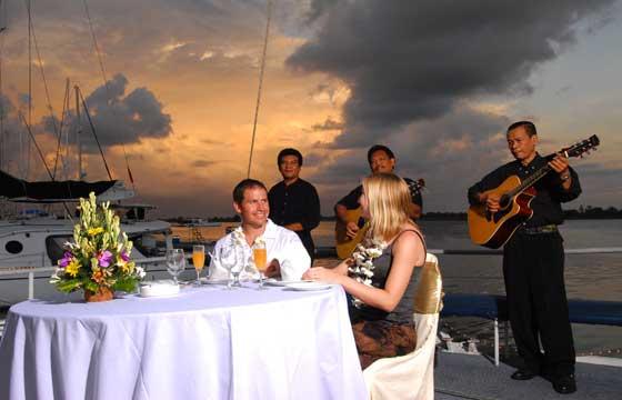 Bali Hai Sunset Dinner Cruise@thenusapenida.com